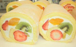 狭山市の人気洋菓子!ふわっふわっ巻きたてロールケーキ口コミまとめ【新所沢】